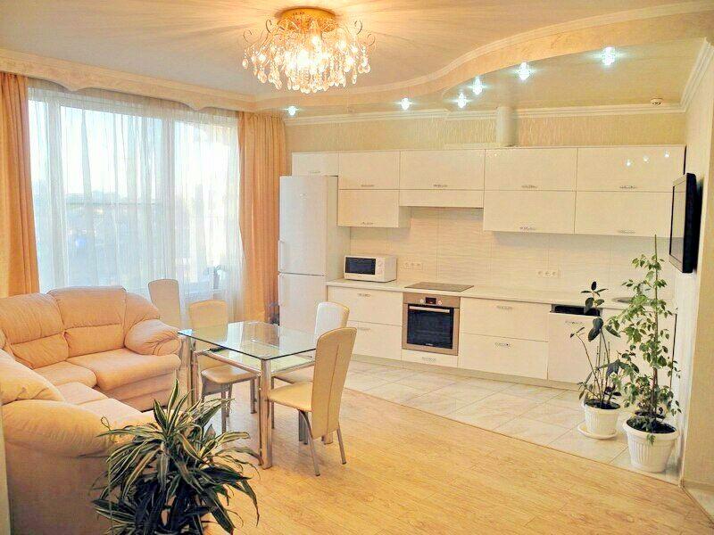 Двуспальная квартира в жк Белый Парус(№3-525)