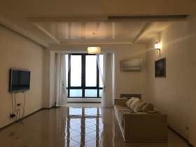 4х ком видовая квартира, ул. Черноморская(№4-271)