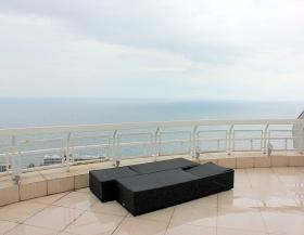 пентхаус с террасой и видом на море, Мерседес(№1-492)