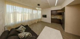 посуточно односпальная квартира в Пальмире(№1-223)