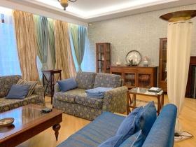 3х ком квартира, центр, Екатерининская площадь(№3-54)
