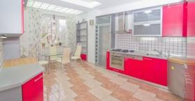 Довженко, 6 (№3-781) - трехкомнатная квартира