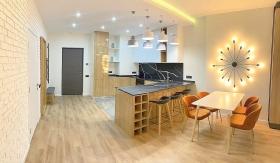 новая, стильная квартира в жк Башня Чкалов-(№1-675)