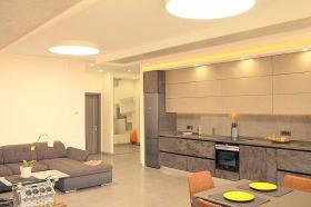 Восьмая Жемчужина, стильная 2х ком квартира(№1-569)