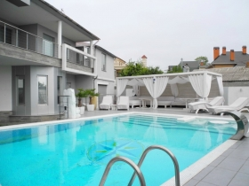 12 Фонтана(№283). дом с бассейном, ориентир Си Гриль