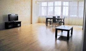 Курочка Ряба. 3х ком квартира в Одессе на длительно(№3-707)