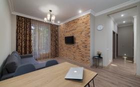 двуспальная квартира в жк ГринВуд(№2-829)