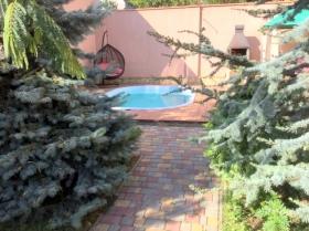 Тенистая, дом с бассейном в Аркадии(№547)