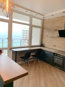 32 Жемчужина, квартира с терраской и видом на море(№1-511)