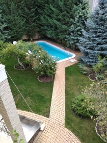 на лето! дом с бассейном, 13 Фонтана(№54)