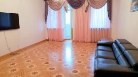 3х ком квартира в доме от  ЗАРС, Довженко(№3-947)