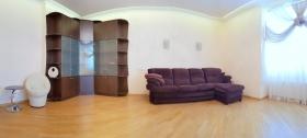 2х ком квартира в доме Французский Бульвар(№2-49)