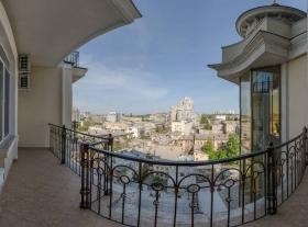 стильная видовая квартира, жк Замок Цветов, центр Одессы(№1-321)