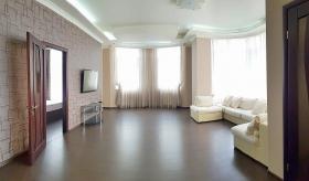 3х комн квартира на Фр. бульваре(№3-115)-СТИКОН