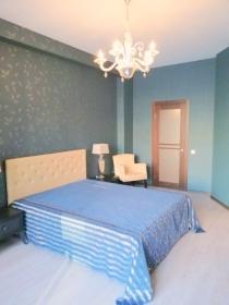 Двуспальная квартира в комп. Новая Аркадия(№2-796)