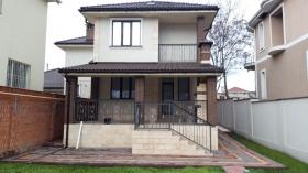 4х ком дом, Толбухина(№111)-первая аренда