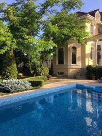 10 Фонтана, дом с бассейном на лето(№623)